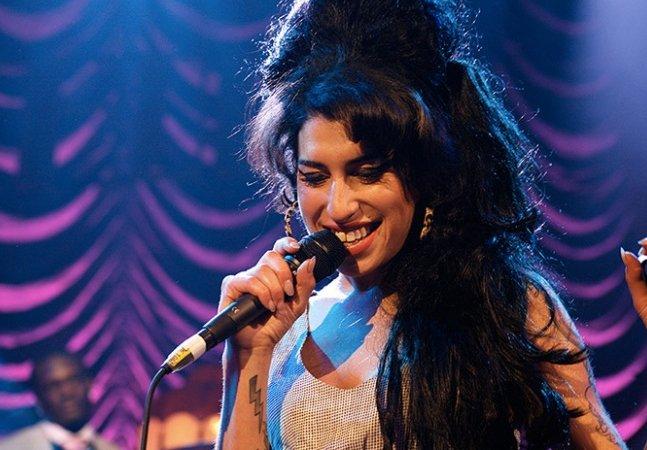 Documentário sobre a vida e carreira de Amy Winehouse chega finalmente ao Brasil