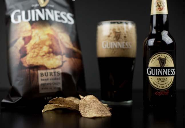 Dois em um: conheça a nova batata chips sabor Guinness