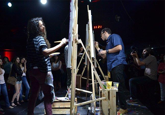 """Assistimos ao evento que coloca artistas em incríveis """"batalhas"""" em SP"""