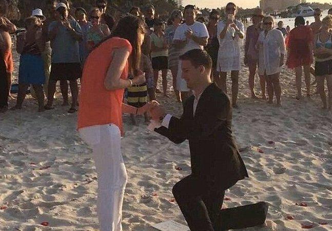 Ele pediu sua namorada em casamento durante um ano inteiro sem que ela soubesse