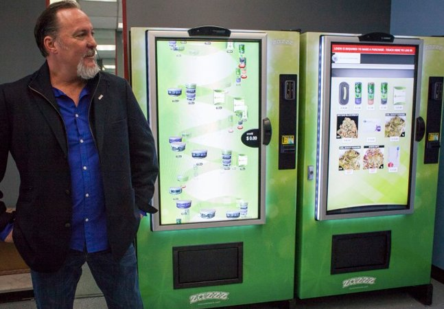 Seattle inaugura a primeira vending machine de maconha