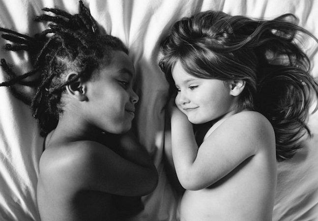 Série fotográfica sensível mostra que não há diferença entre filhos biológicos e adotivos
