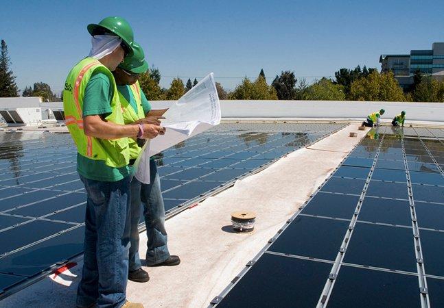 Engenheiros fazem plano para que os EUA usem 100% de energia limpa até 2050