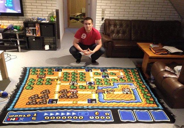Fã passa 6 anos fazendo cobertor de crochê do primeiro mapa do Super Mario Bros 3