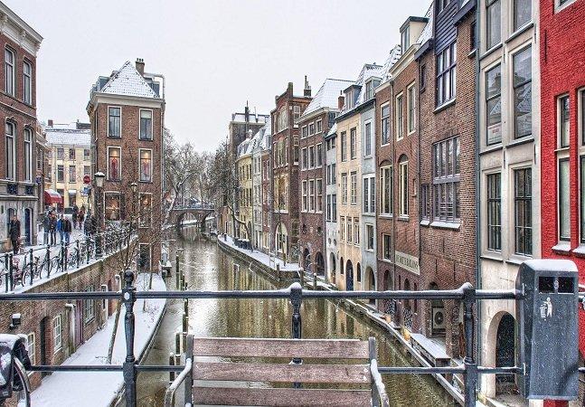 Entenda por que esta cidade holandesa está dando dinheiro  para seus habitantes sem pedir nada em troca
