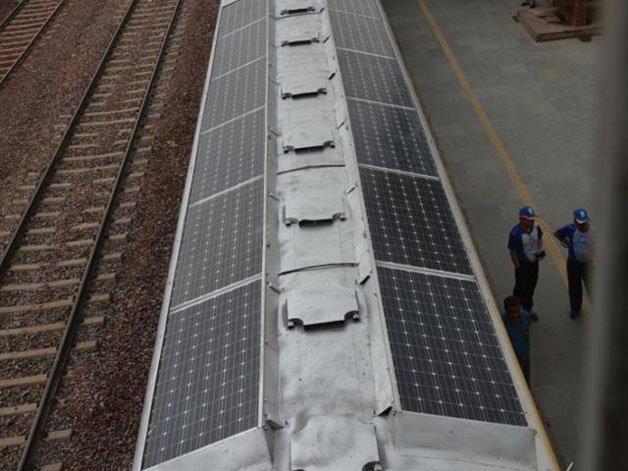solar-powered-trains5
