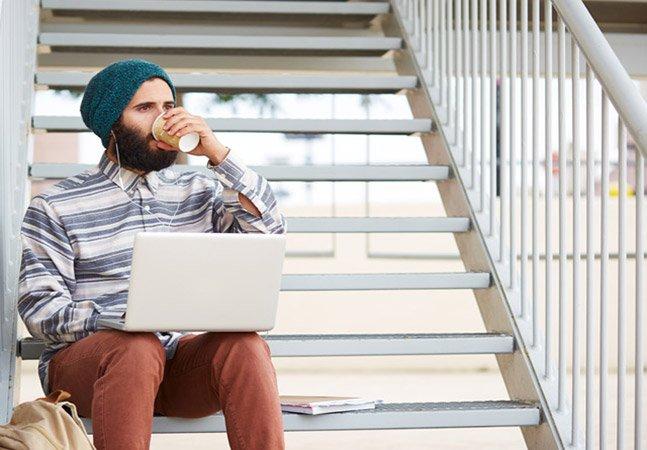 Pesquisa mostra que 12 milhões de brasileiros trabalham atualmente no modelo home office