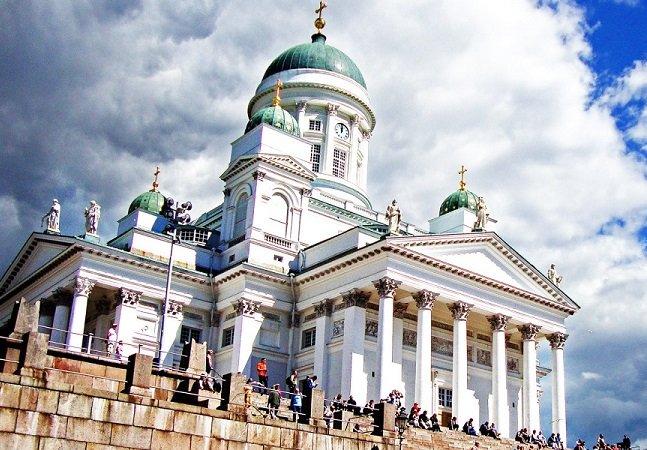 Finlândia quer pagar um salário mínimo a todos os seus habitantes