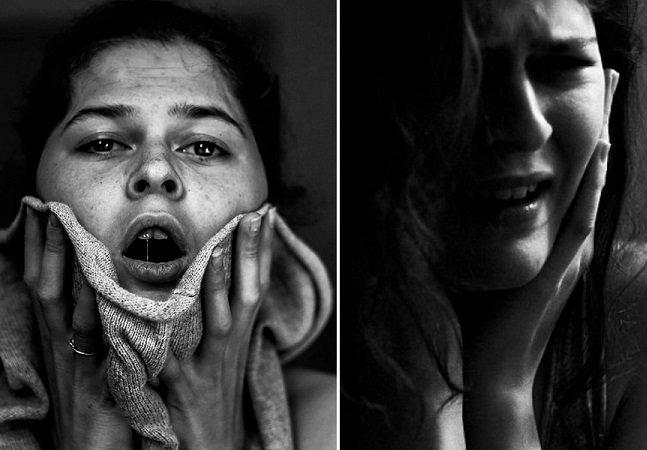 Estudante cria autorretratos íntimos para mostrar o que acontece quando entra em estado de depressão profunda