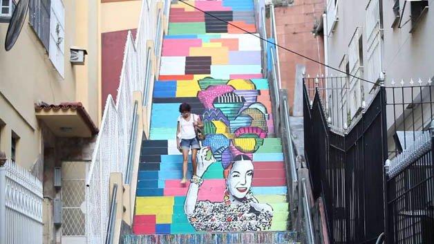 Escadaria Carmen Miranda