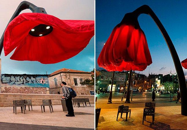 Arquitetos criam luminárias públicas em formato de flores que se abrem quando pedestres passam por elas