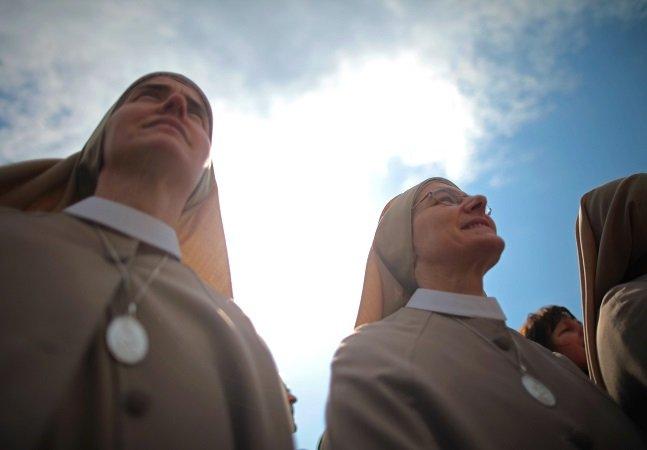 As freiras que fingem ser prostitutas para salvar mulheres e crianças do tráfico sexual
