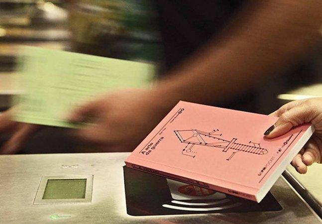 Conheça a ação brasileira que transformou livros em bilhetes de metrô