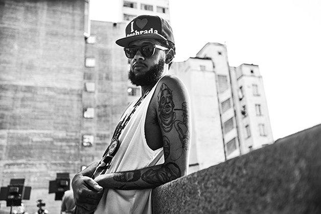 Fotografe em preto e branco