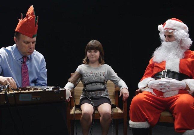 Veja o que acontece quando o Papai Noel coloca crianças num detector de mentiras