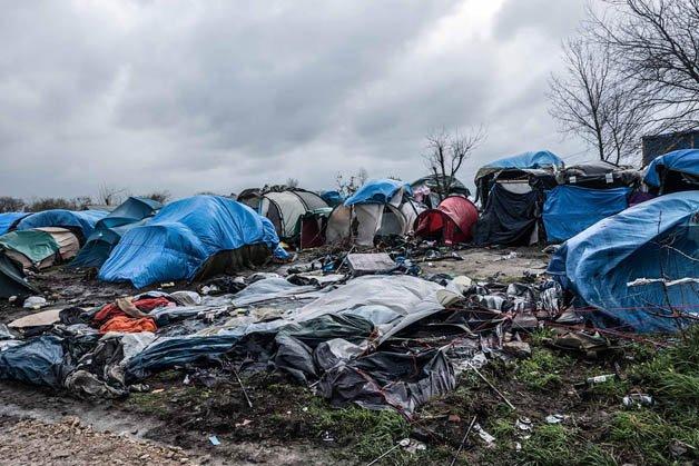 Calais-Banksy9