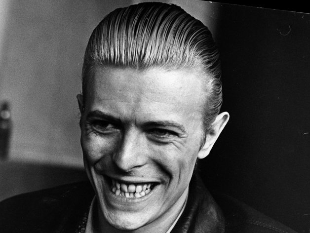 Bowie e seu sorriso inconfundível