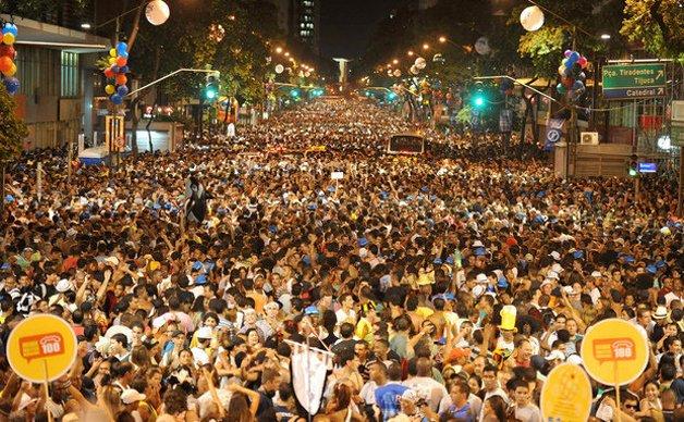 O Cordão da Bola Preta, o maior bloco de carnaval do Rio (e, segundo os organizadores, do mundo) ©Paulo Múmia/Riotur