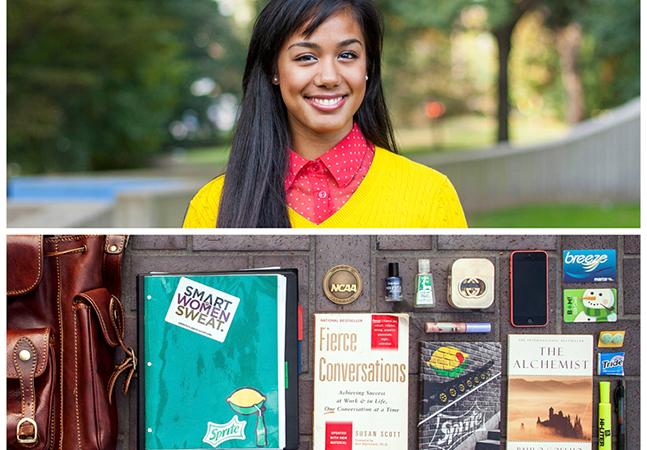 Série de fotos revela personalidade das pessoas a partir do que elas levam na bolsa