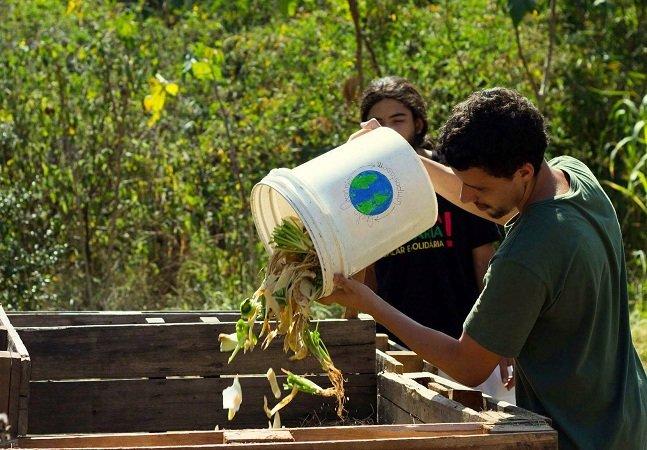Startup cria serviço que  recolhe lixo orgânico nas  residências para compostagem