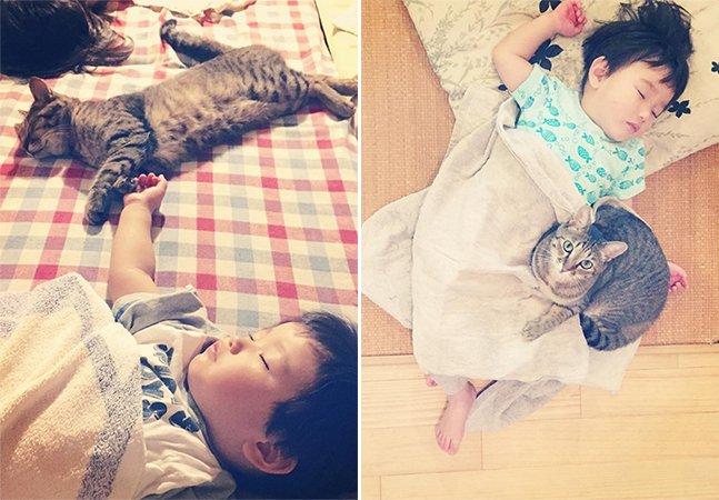 Conta no Instagram faz sucesso ao registrar o crescimento de um garoto e seu gato de estimação