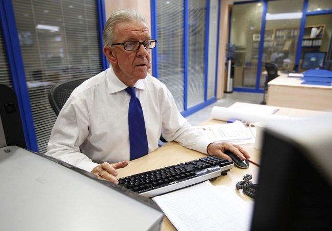 Agência inova e lança vaga de estágio para idosos; experiência para o cargo: de vida