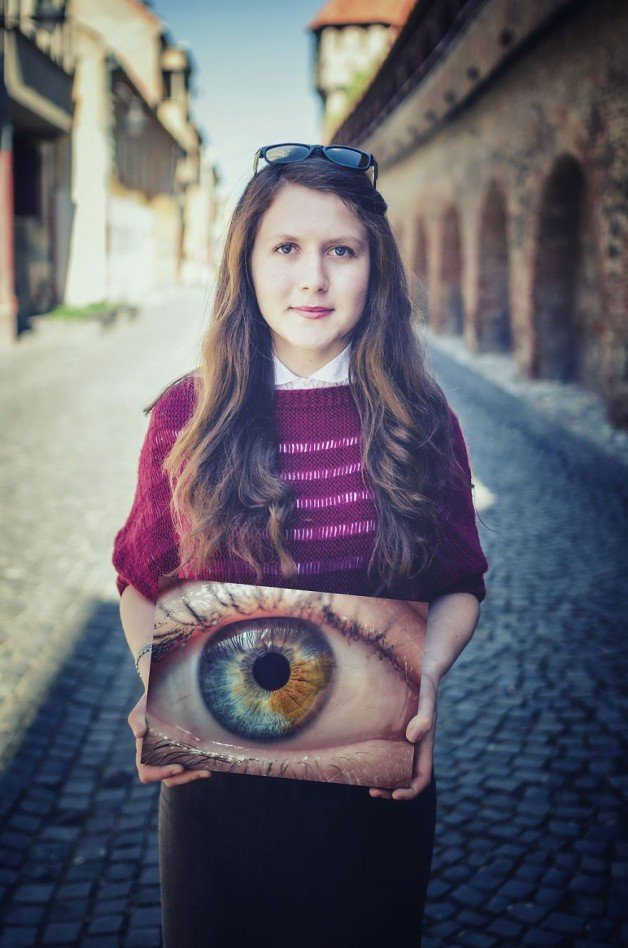 1457014417_530_Look-Into-My-Eyes-I-Photograph-Unique-Patterns-Of-People's-Eyes