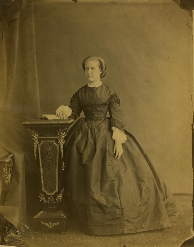 Fotografia da Princesa Isabel, tirada por Joaquim José Pacheco em 1883