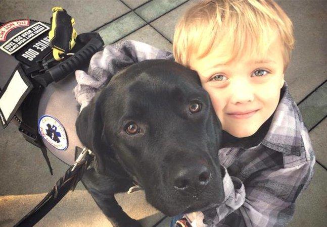 Esse cão foi treinado para fins  medicinais e salvou a vida de  seu dono enquanto ele dormia