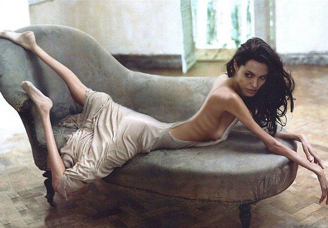 Artistas usam Photoshop em fotos de celebridades para chamar a atenção para a anorexia