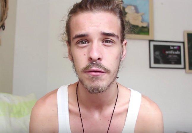 Ele descobriu que tem HIV e criou um canal para relatar seu dia a dia
