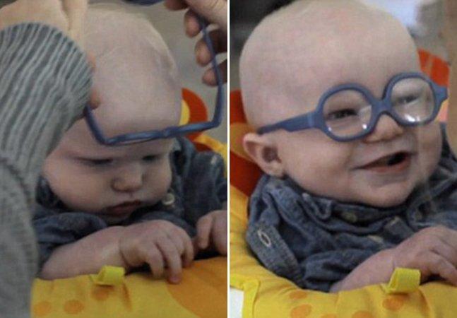 A maravilhosa reação de um bebê com distúrbio visual ao enxergar sua mãe pela primeira vez