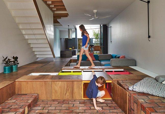 Casa dos sonhos dos adultos e crianças  incorpora bagunça e brincadeiras no  design sem perder a sofisticação