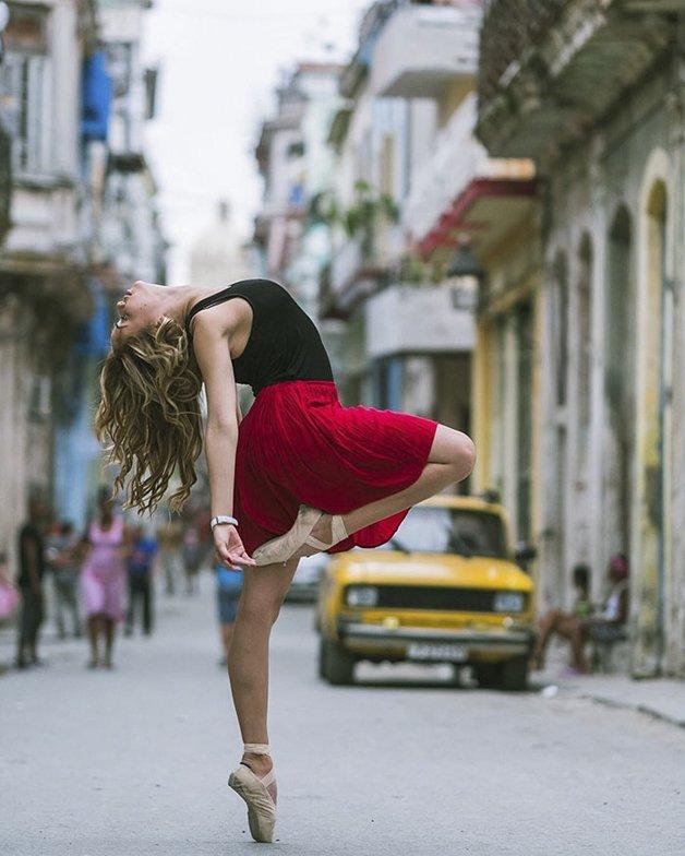 ballet-dancers-cuba-omar-robles-12-5714f5e895fa7__700