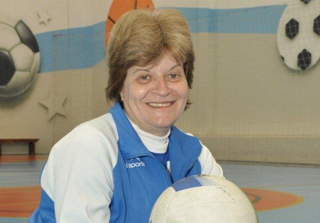 Com dinheiro que guardou na  poupança por 30 anos, aposentada  abre escola de esportes em SP