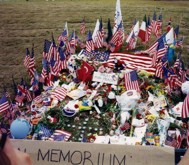 Memorial às vítimas do atentado em Atlanta