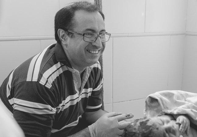 Especialista em parto humanizado é  afastado de hospital sob alegação de  que suas pacientes 'gritavam muito'