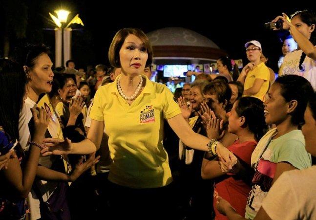 Filipinas dá um passo à frente e  elege sua primeira deputada trans