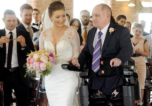 'Terno' robótico ajuda pai com  paralisia a levar a filha ao altar