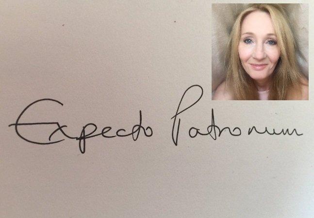 Autora de Harry Potter escreve  feitiço à mão para tatuagem e  ajuda fã a superar depressão