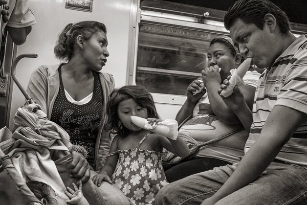 13_people-travelling-subway-systems-across-the-world