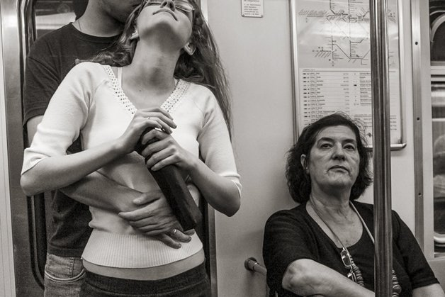 5_people-travelling-subway-systems-across-the-world