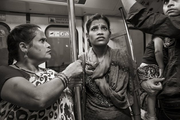 6_people-travelling-subway-systems-across-the-world