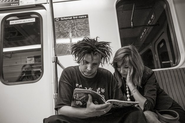 9_people-travelling-subway-systems-across-the-world