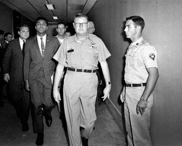 O atleta, após se recusar a ir à Guerra do Vietnã