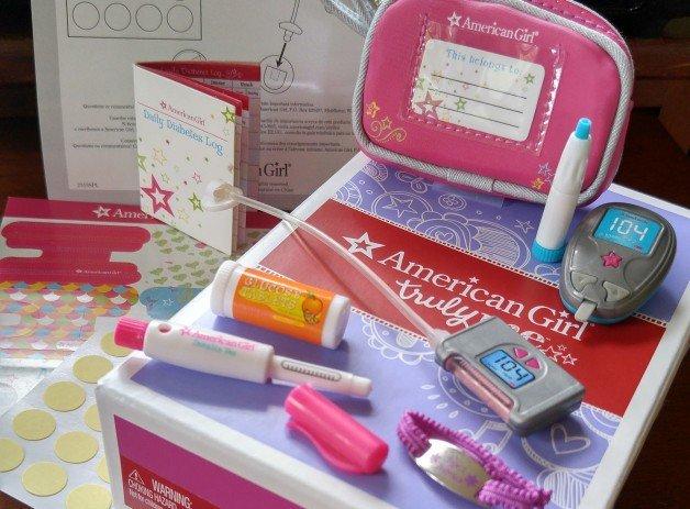 American-Girl-Doll-Diabetes-Care-Kit-11-e1452033077832