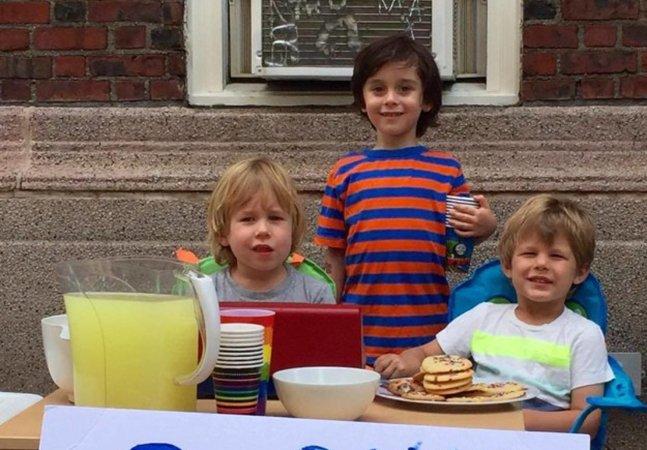 Estas crianças de 3 e 4 anos venderam limonada em parada LGBT para ajudar as vítimas de Orlando