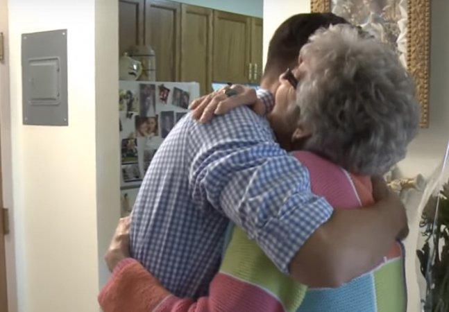Aos 90 anos, professora reconhece seu aluno pela TV 30 anos depois – e o reencontro é emocionante