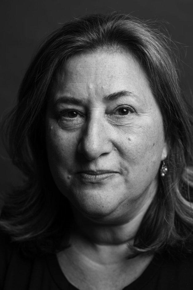 Deborah Gaines, 55 anos