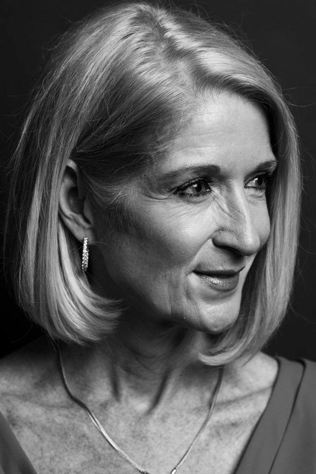 Mary Ann Holand, 59 anos